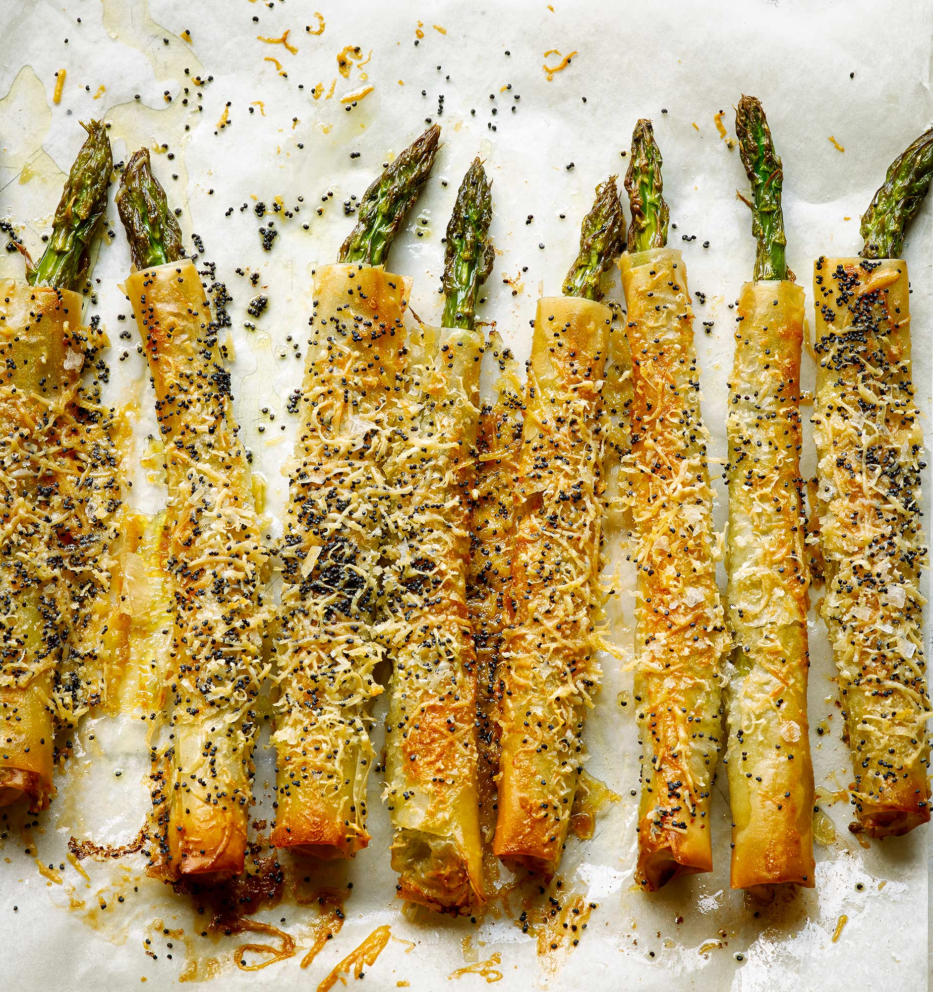 Baked-Asparagus-with-Parmesan-and-Poppy-Seeds | Food Photography