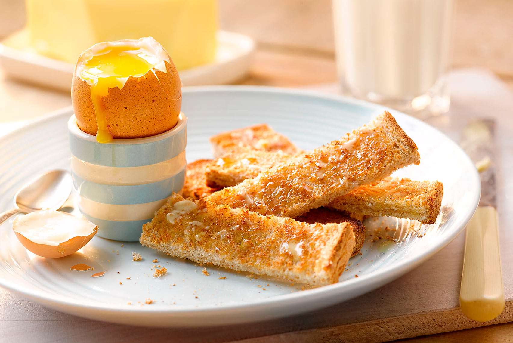 Egg and soldiers | Colin Campbell-Food Photographer