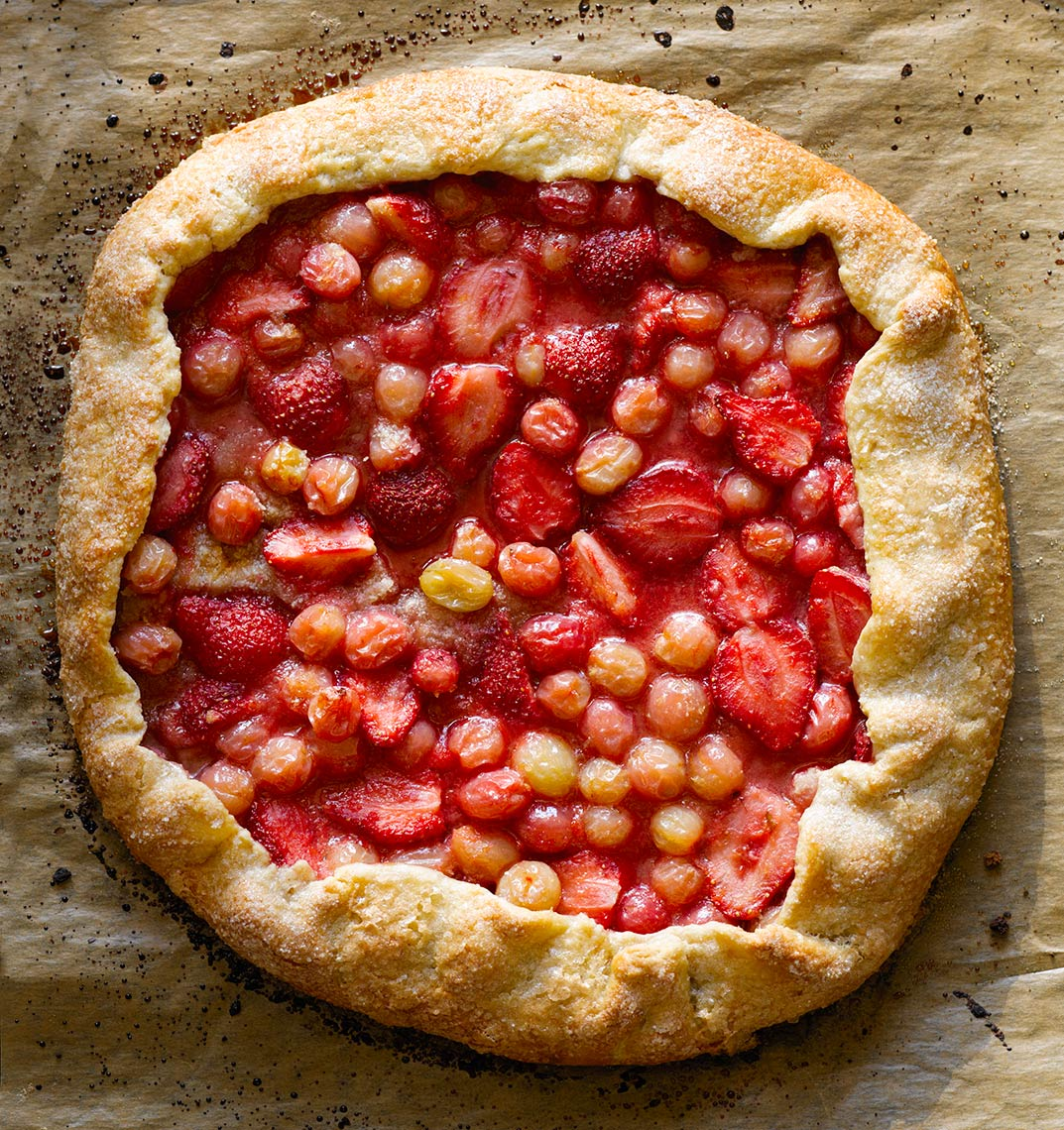 gooseberry strawberry tart | Colin Campbell - Food Photographer